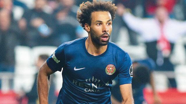 Antalyaspor'un 25 yaşındaki oyuncusu Nazım Sangare