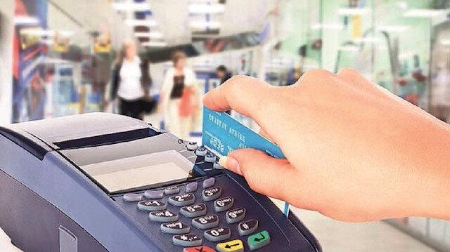 BDDK kredi kartı taksit sınırını, mobilya alımlarında on iki aydan on sekiz aya, elektronik eşya alımlarında üç aydan altı aya çıkardı. Kurul, fiyatı 3 bin 500 Türk Lirası'na kadar olan televizyon alımlarında ise taksit sınırlandırmasını 3 ay uzatarak 12 ay yaptı.