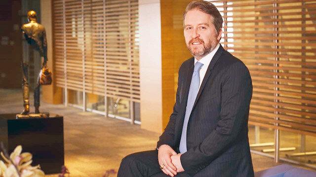 ÜNLÜ & Co Yönetim Kurulu Başkanı ve CEO'su Mahmut L. Ünlü