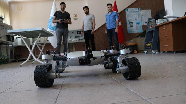 Niğde'de makine mühendisliği bölümü son sınıf öğrencisi üç arkadaş tarafından geliştirilen Mars aracı