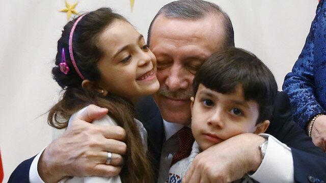 Cumhurbaşkanı Erdoğan kendisine seslenen çocuklara Twitter'dan yanıt verdi