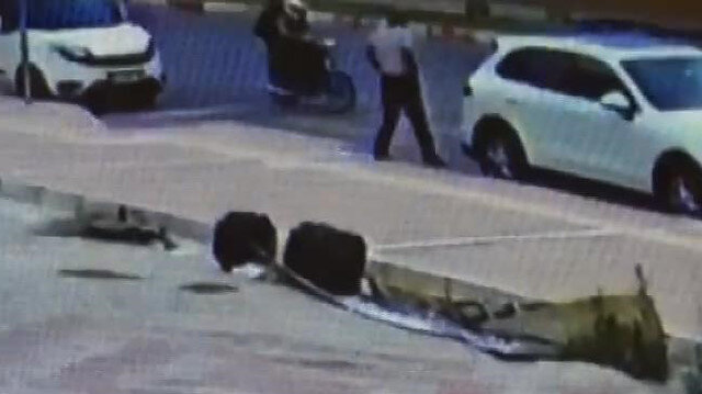 Mersin'de iş insanına silahlı saldırı anı
