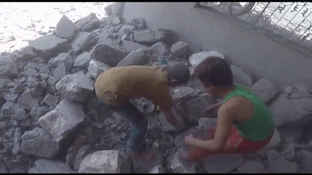 Kardeşleri için yardım isteyen 2 çocuğun görüntüsü yürek dağladı