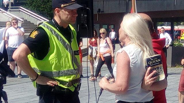 Norveç'te Kuran-ı Kerim provokasyonu: Yere atıp hakaret etti