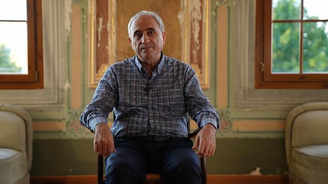 Profesör Nurullah Genç