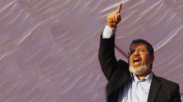 Mısır'ın seçilmiş  Cumhurbaşkanı Mursi hayatını kaybetti.
