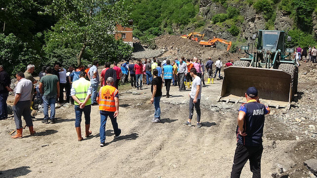 Araklı'da selin neden olduğu hasar gün ağarınca ortaya çıktı