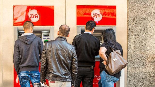 Üç özel bankadan ücretsiz ortak ATM