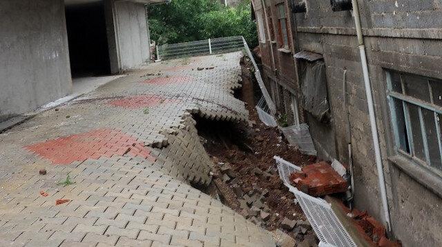 İstinat duvarı çöktü: 7 bina boşaltıldı