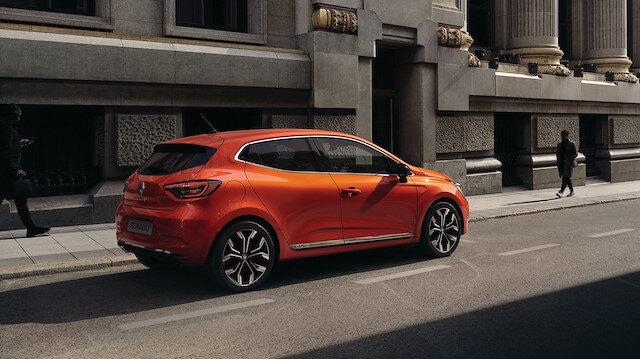 Yeni Clio'nun motor seçenekleri arasına yeni 1.0 SCe, 1.0 TCe ve 1.3 TCe benzinli motorları da ekleniyor.