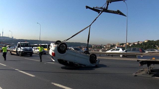 15 Temmuz Şehitler Köprüsünde bir otomobil takla attı