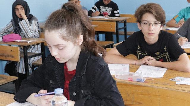 Matematik'te başarı arttı: Öğrencilerin en başarılı olduğu test ise Türkçe