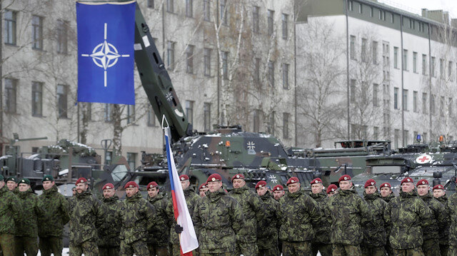 NATO urges Russia to return to missile treaty