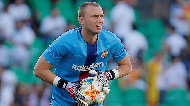 Valencia kaleci Cillessen'i transfer etti