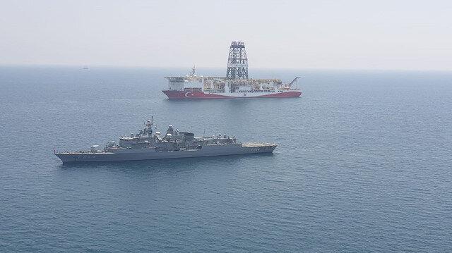 Yavuz Sondaj Gemisi  ile TCG Barbaros Fırkateyni'nin Doğu Akdeniz'e doğru ilerleyişi devam ediyor.