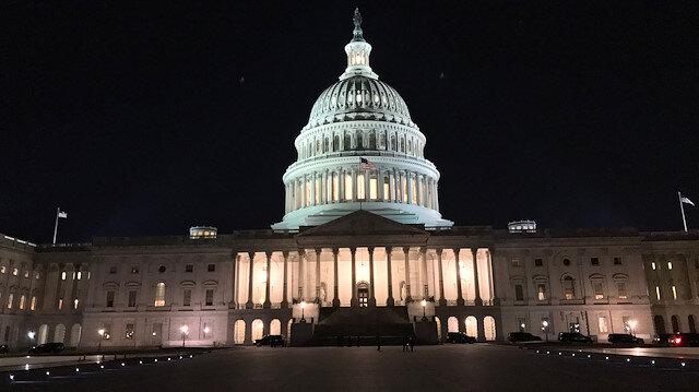 Beyaz Saray'da acil durum ilan edildi, dünya basını yaşanan gelişmelere kilitlendi.