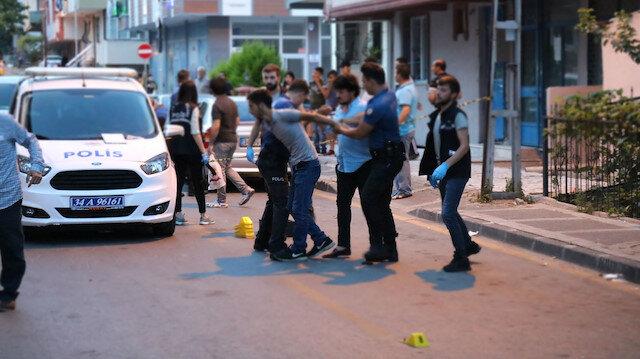 Ümraniye'de komşular arasında silahlı kavga: Sokak savaş alanına döndü