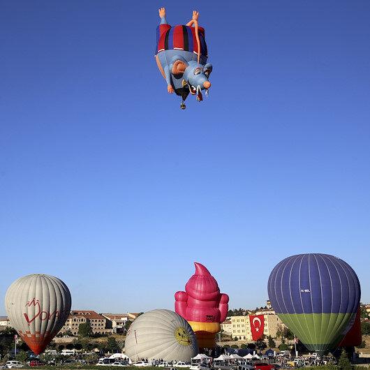 """""""كبادوكيا"""" التركية تحتضن مهرجان المناطيد الدولي"""