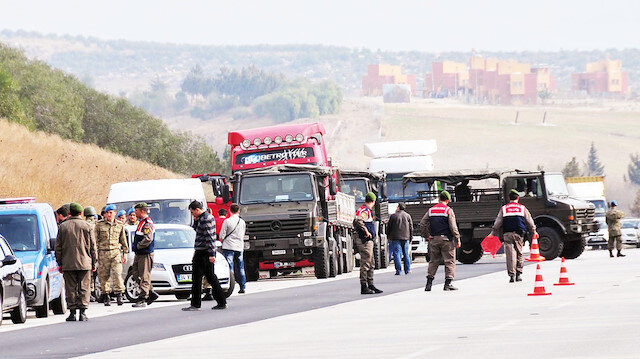 Adana ve Hatay'da MİT TIR'larına operasyon düzenlenmişti.