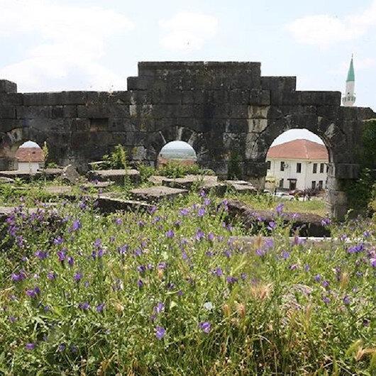 """تاريخ """"دوزجة"""" التركية يجذب السياح وعشاق والآثار"""