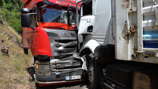 Tunceli'de iki tır çarpıştı: 7 yaralı
