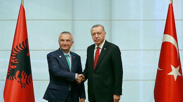 على هامش قمة جنوب شرق أوروبا.. أردوغان يلتقي نظيره الألباني في سراييفو