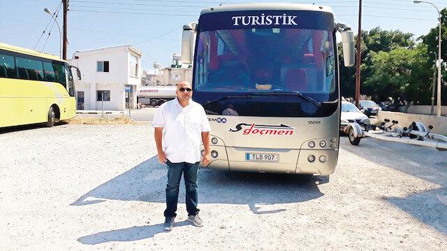 Otobüs şoförü Erdoğan Gürsoy, yolcularını aldıktan sonra havaalanından çıkarken saldırıya uğradı.