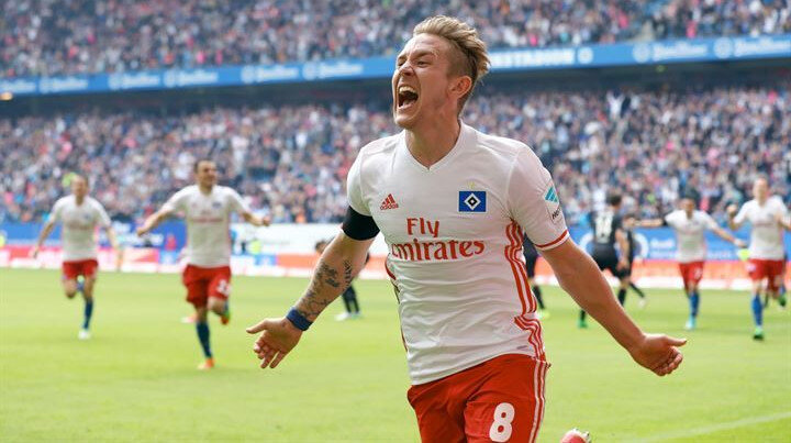 Holtby, geçen sezon Hamburg formasıyla çıktığı 31 maçta 5 gol atarken 6 da asist kaydetti.