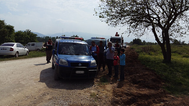 Olay yerine gelen sağlık görevlilerince yapılan kontrolde Şengül Pamukçuoğlu'nun hayatını kaybettiği belirlendi.