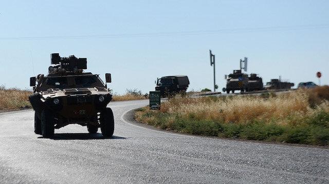 للمرة الثانية خلال أسبوع.. تعزيزات عسكرية تركية نحو الحدود السورية