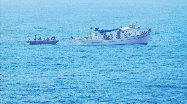 Ekipler, usulüne uygun olarak avcılık yapılmasını sağlıyor.