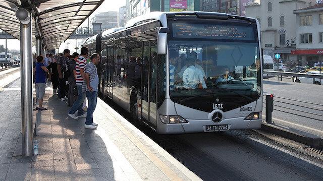 Toplu ulaşım araçları 15 Temmuz'da, Kurban Bayramı'nda, 30 Ağustos'ta ve eğitim öğretim döneminin ilk günü olan 9 Eylül'de ücretsiz hizmet verecek.