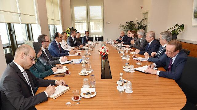 المتحدث باسم الرئاسة التركية يستقبل مبعوث بوتين إلى سوريا