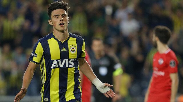 Eljif Elmas, sarı-lacivertli formayla toplamda çıktığı 47 maçta 4 gol atarken 1 de asist yaptı.