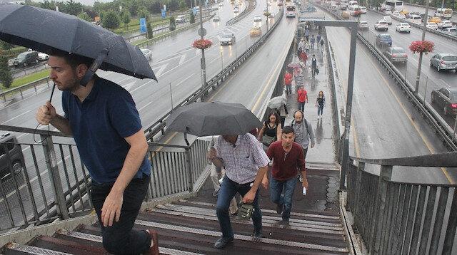 İstanbul güne yağışla başladı
