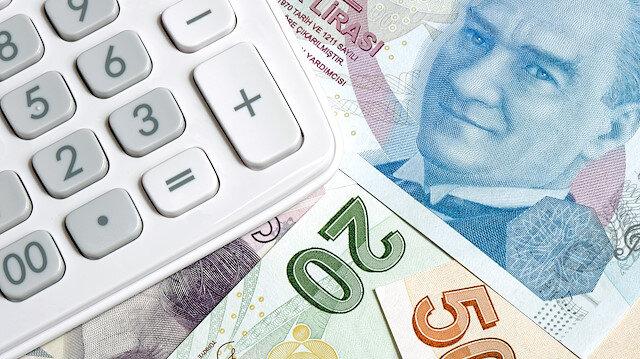 Devlet memurları, sözleşmeliler, geçici personel ve memur emeklileri, zamlı maaşlarını ve enflasyon farkını 15 Temmuz'da alacak.