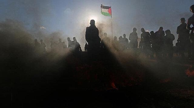 فلسطينيون يتوافدون نحو حدود غزة للمشاركة في مسيرات العودة