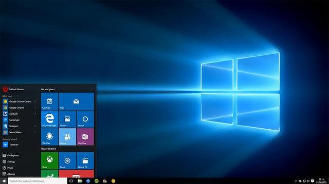 Windows 10 masaüstü ekranı.