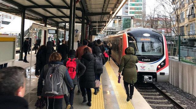 15 Temmuz günü Marmaray tren seferleri karşılıklı olarak 15 dakikada bir yapılacak.