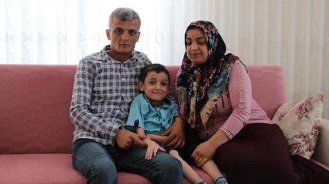 Turan Ege Şahin ve ailesi.