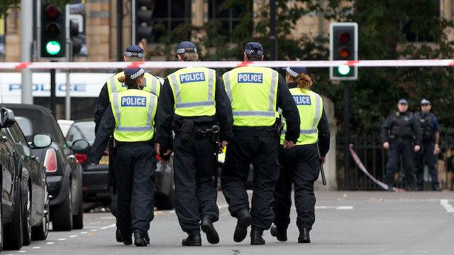 Polis, gizli yazışmaları basına sızdıran kişinin teslim olmasını istedi.