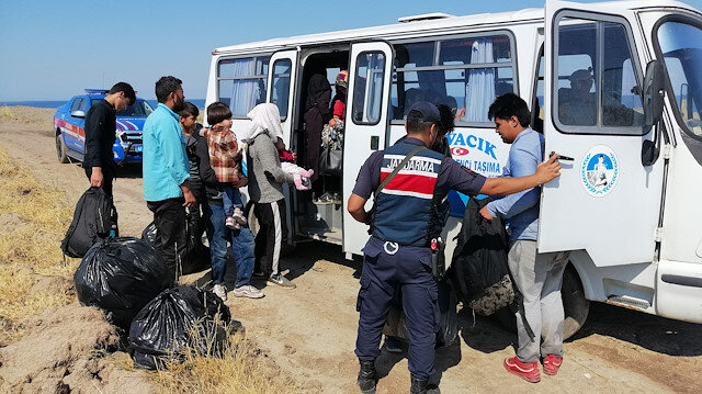 ضبط 73 مهاجرًا غير نظامي شمال غربي تركيا