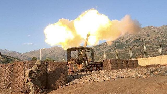 Terör örgütü PKK hedefleri karadan da ateş altına alındı.
