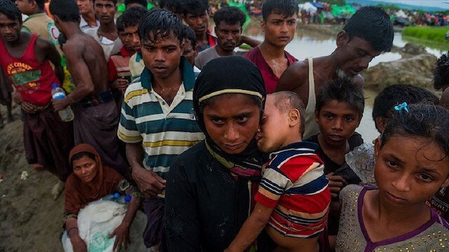 Rohingya girl makes emotional plea to UN refugee chief