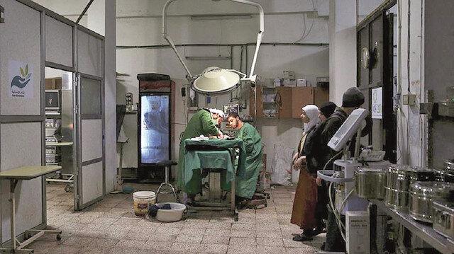 Suriye'nin Doğu Guato kentinde altı yıl boyunca yer altında hizmet veren mağara hastanesi.