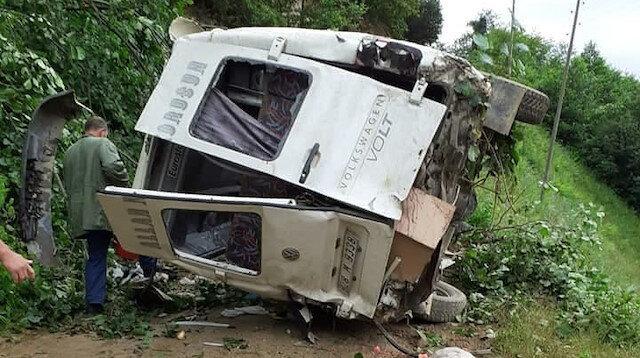 Kazanın ardından minibüs hurda yığınına döndü.