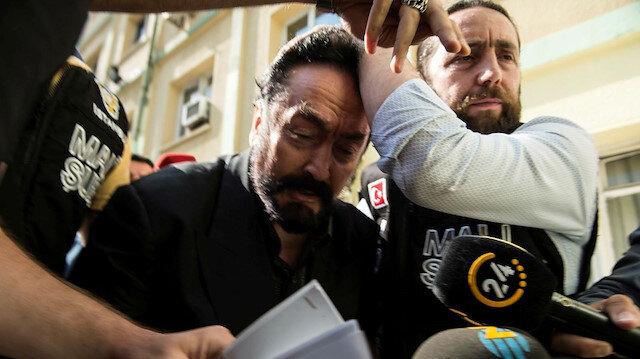 Adnan Oktar gözaltına alınmıştı.