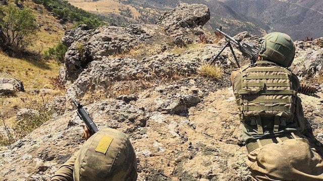 Pençe Harekatı kapsamında bölgede bulunan askerler.