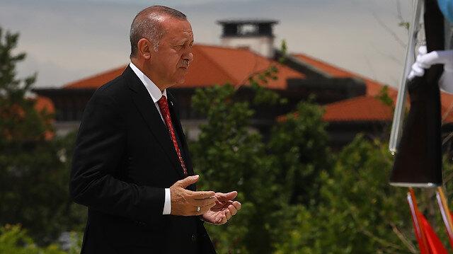 أردوغان يزور نصب شهداء 15 تموز بأنقرة