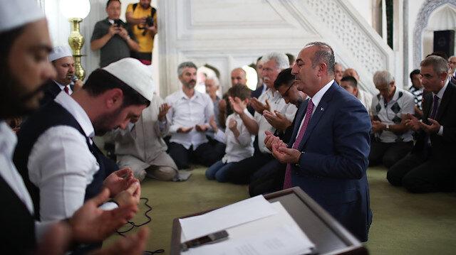 Bakan Çavuşoğlu Kuzey Makedonya'da şehitleri anma programına katıldı